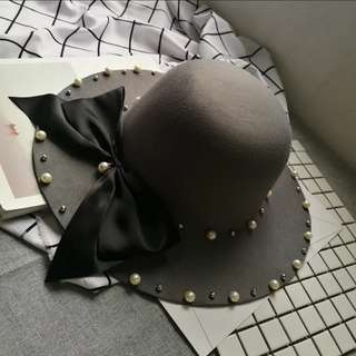 Round Hat/Cap with Pearl Details