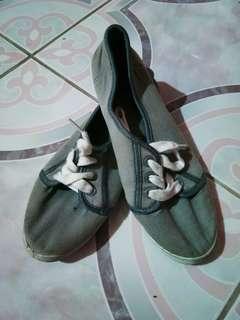 Casual Sneakers 👟