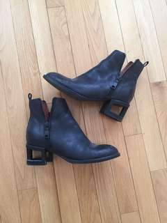 Jeffrey Campbell boots size 9