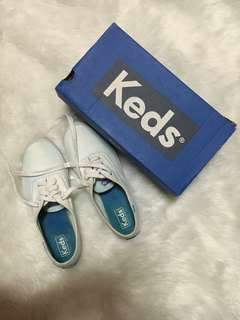 Keds plain white canvass sneakers