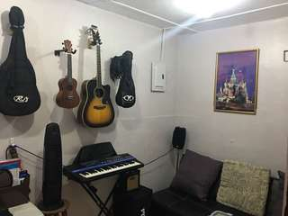 Music Room for rent
