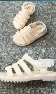 Baby Rome girls' slip-resistant frosted plastic sandals