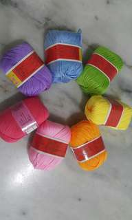 Baby soft yarn - rainbow colour
