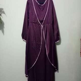 Long Dress Satin Ungu