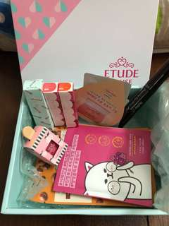 Etude House makeup box