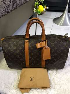 Preowned Authentic LV KEEPALL 45