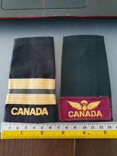 Two Canadian army epaulets 1 Paratroopers 1 navy