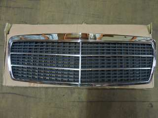 Mercedes Benz E-class W210 Front Grille