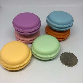 Lot of 6 Macaroon Small Container / Storage