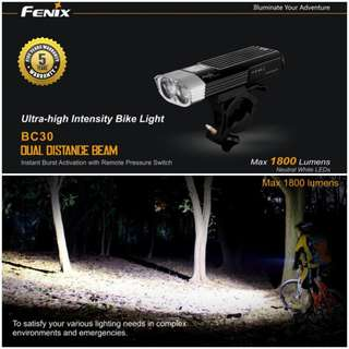 (1,800 Lumens Max) FENIX BC30 Dual LED Front Light for Bicycle / Scooter
