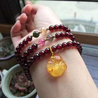 Natural wine red garnet bracelet.