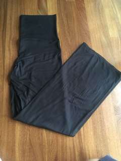 INTIMO yoga pant size M New with Tags