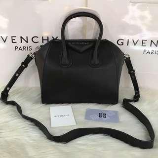 Givenchy Antigona Lambskin