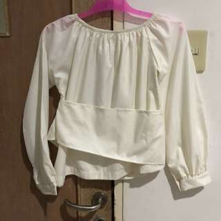 last chance to buy! sabrina white top