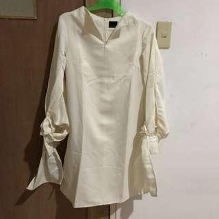 khusus trf hr ini! za broken white dress