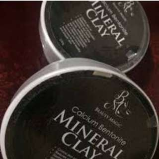 calcium bentonite mineral clay