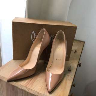 CL Christian louboutin so kate nude patent leather sz 37 complete set no rec