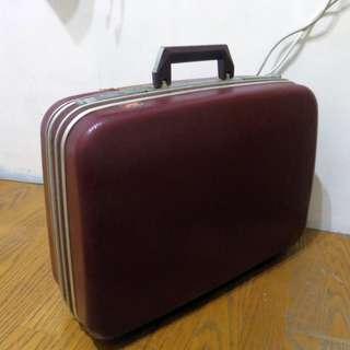 古董 酒紅色 行李箱 手提箱 古董 vintage 攝影道具 拍照 店面 擺設