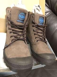 全新Palladium 深啡 防水皮boots 38