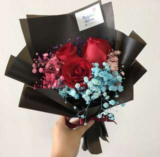 Red Roses Bouquet / Birthday Bouquet / Graduation flowers
