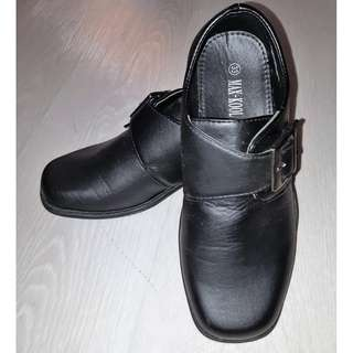 Child kid boy Black Shoes size 33 for formal events, weddings and performances