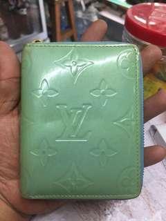 Lv vernis zippy small wallet