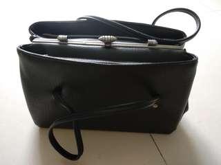 Vintage purse handbag