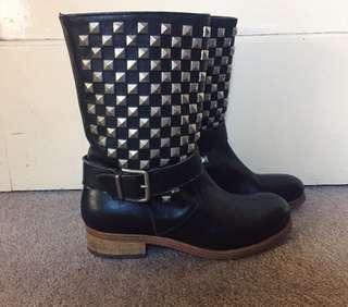 Florsheim Leather studded boots