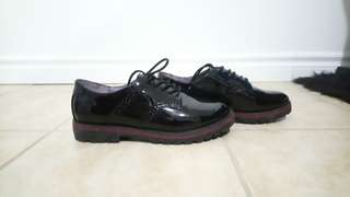 Black patent oxfords Nine West