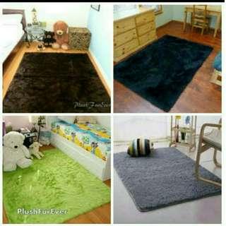 Karpet bulu lembut