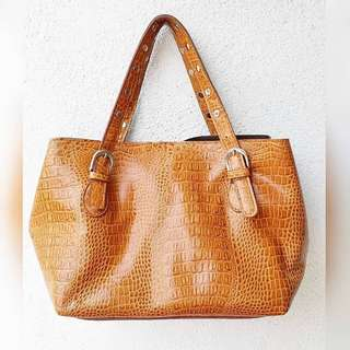 CROSSY GENUINE LEATHER BAG