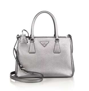 💯 Authentic Prada Silver Mini Saffiano Double Zip Cross body bag - CLEARANCE. All must go.