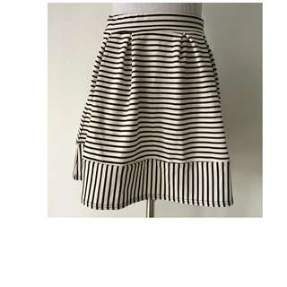 Boohoo Monochrome Skater Skirt Size 10