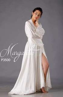 La Rosa Bridal Robe for rent