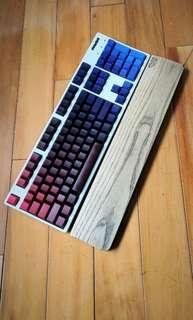 Filco Majestouch Convertible 2 無線 藍牙 白色 機械鍵盤 青軸 + 鍵設局 妄想家 側刻 鍵帽、Filco木製手托