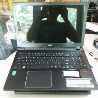 Pre loved acer i5 laptop with new battery