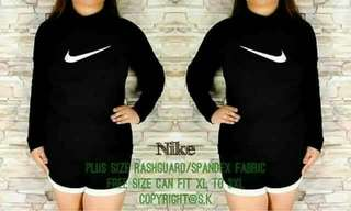 Plus Size Nike Rashguard Terno