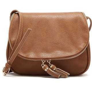 231-Tassel Messenger Handbag