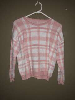 Gingham sweater in pink