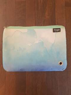 TYPO IPAD CASE