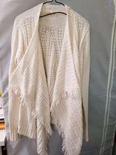Hollister soft flowy cardigan size M Medium
