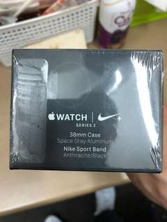 全新 未拆 即日單Apple watch Nike Series 2 38mm Space Gary
