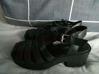 Black Plataue Shoe Size 8 Windsorsmith Leather