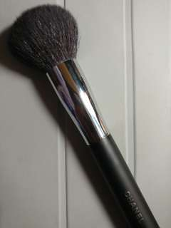 Chanel Loose Powder Brush 碎粉掃
