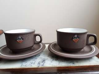 Fangyuanpai cups with saucer