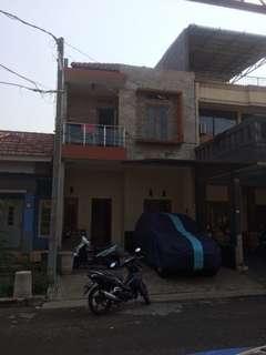 Dijual rumah minimalis di komplek puribeta ciledug