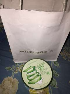 Nature Republic soothing and moisture aloe vera 92% / nature republic aloe vera gel 92% / masker lidah buaya / nature republic aloe vera 92%