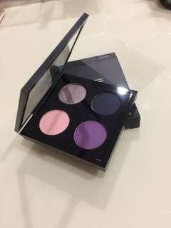 MAC eyeshadow set