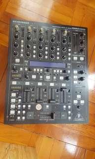 DJ Mixer Behringer DDM 4000