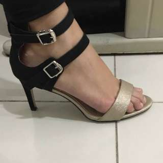 S&H Gold and Black Dress Sandals